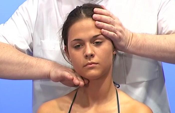 Dysfunktion-Halswirbel-Osteopathie